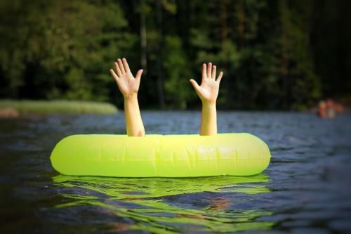 Купание с риском для жизни. Южноуральцев предупреждают: при отдыхе у воды будьте осторожны!