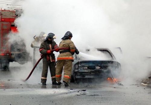Жаркий ноябрь. В минувшем месяце южноуральским пожарным работы хватило